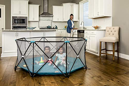 Regalo My Play Deluxe Extra Large Portable Play Yard Indoor and Outdoor