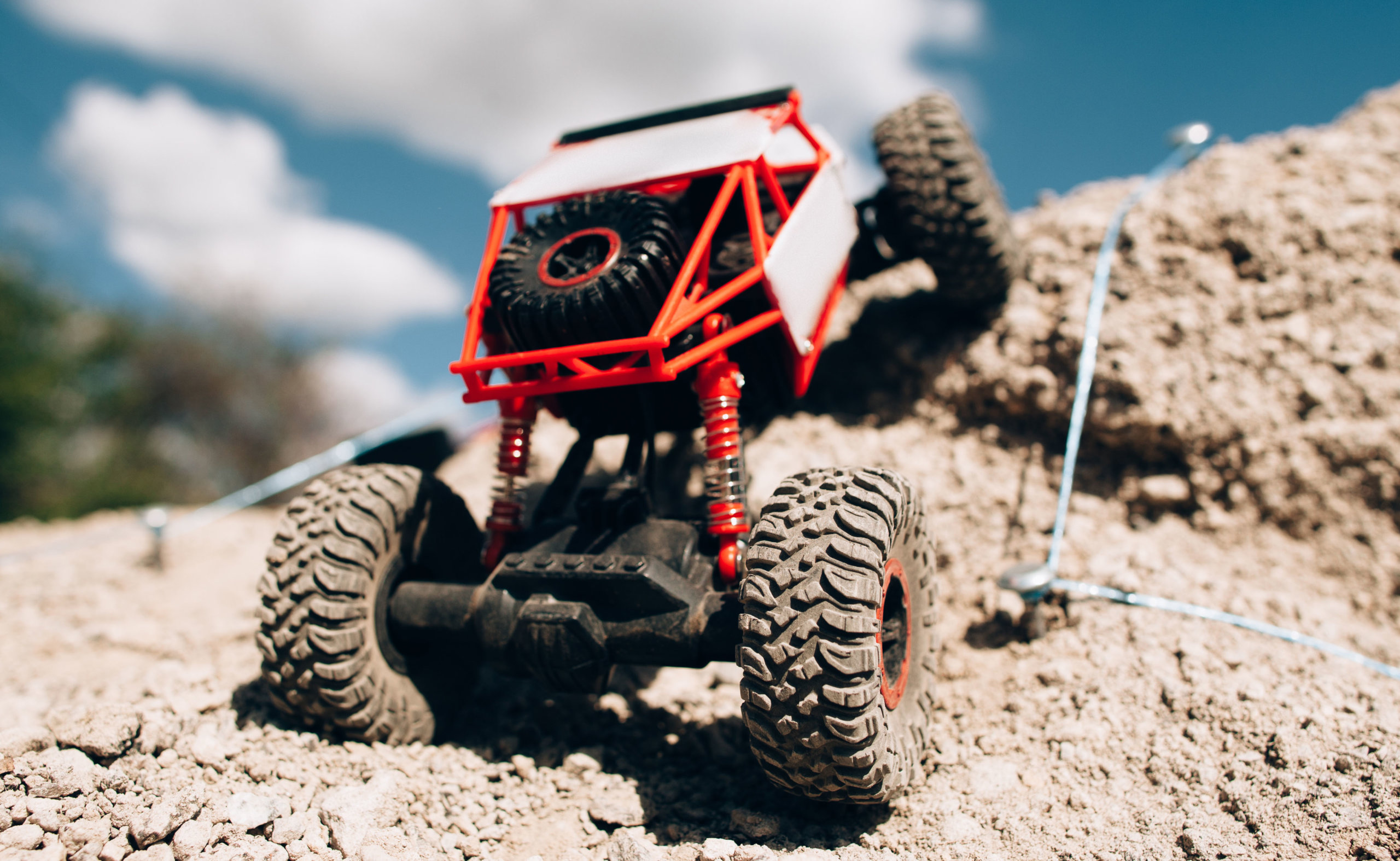 12 Best Remote Control Rock Crawlers